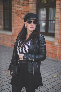 Übergangsjacken - unverzichtbare Must-Have Jacken für den Herbst // Lederjacke, Herbstoutfit, Modeblog, www.miss-classy.com #lederjacke #mode #fashionblogger #modetrends Jeans Und Converse, Jeans Und Sneakers, Elegantes Business Outfit, Denim Look, Mode Blog, Real Style, High End Fashion, Fashion Outfits, Fashion Trends