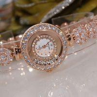 relógio de cristais