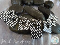 LOVE this bread tag charm bracelet by EcoHeidi Borchers - www.cool2craft.com