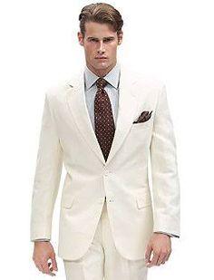 Linho: tecido de peso médio produzido com essa fibra ou com Rami, puros ou mistos, em ligamento tela ou cetim, para uso em ternos.