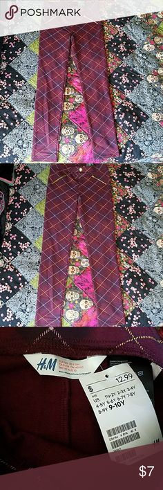 Plaid leggings Very cute burgundy, yellow, purple and pale pink little girls leggings Fake pockets and button on the front, brand new! H&M Bottoms Leggings