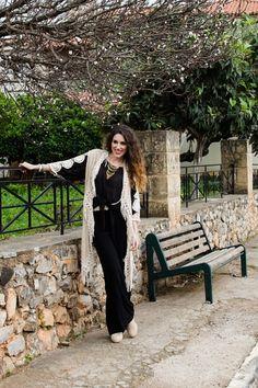 Bohemia Mood.. #lovefahsiongr #boho #bohemian #streetstyle #style #fiafashion #roadtrip #greece #kalamata #mani #fashionblogger #greekblogger