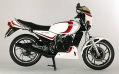 Yamaha RD 350 LC - Had one in this colour