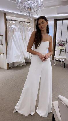 Civil Wedding Dresses, Evening Dresses For Weddings, Dream Wedding Dresses, Outfits For Weddings, Cocktail Wedding Dress, Wedding Dress Simple, Slip Wedding Dress, Elegant Wedding Gowns, One Shoulder Wedding Dress