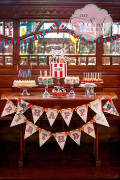 Vintage Circus Party... Love the cake with the banner