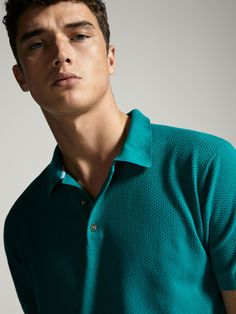 Fall Winter 2017 Men´s POLO-STYLE SWEATER WITH DIAMOND TEXTURE at Massimo Dutti for 19.9. Effortless elegance! Polo Rugby Shirt, Polo Shirts, Sport Casual, Men Casual, Winter Fashion, Men's Fashion, Casual Attire, Mens Fall, Mens Suits