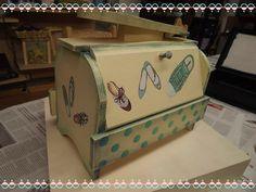 ¿Domingueando?  ¡Te enseñamos a decorar una caja limpia-zapatos en nuestro blog! =>  http://manosinkietas.com/index.php/blog/decorar-caja-limpiazapatos  #Artesanía #Manualidades #Decoración #Decor #Limpiazapatos #Caja #Shoes #Zapatos #Handcraft #Handcrafted #Handmade #Hechoamano