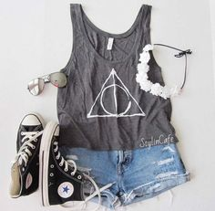 outfit, style, and clothes image Theme Park Outfits, Summer Outfits, Cute Outfits, Teen Fashion, Womens Fashion, Teenager Fashion, Style Fashion, Favim, Shirt Outfit