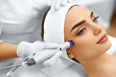 Close-up Of Woman Getting Facial Hydro Microdermabrasion Peeling Treatment At Cosmetic Beauty Spa Clinic. Exfoliation, Rejuvenation And Hydratation. Cosmetic Surgery Cost, Aesthetic Courses, Dermal Fillers, Chemical Peel, Facial Treatment, Acne Treatments, Hair Transplant, Face Skin Care, Skin Firming