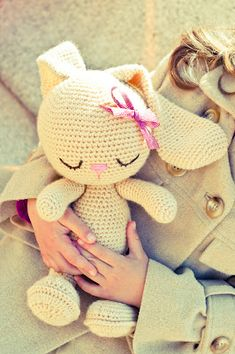 Crochet rabbit toy. Love this, I wish I knew how to crochet!