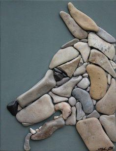 Stone Picture | Собака из гальки