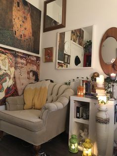 its not very much but its my first attempt at having a cozy reading nook in the small room I have :) Pretty Room, Dream Apartment, Aesthetic Room Decor, Dream Rooms, Cool Rooms, My New Room, House Rooms, Room Inspiration, Design Inspiration