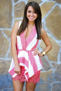 She's A City Chick Blouse: Coral   Hope's