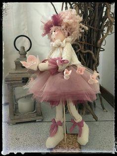 Pigottine Short Curly Wigs, Fabric Toys, Clay Dolls, Soft Dolls, Needle Felting, Doll Clothes, Diy And Crafts, Crafty, Handmade