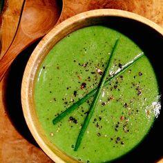 Creamy miso soup of velvet shank, green onion and seasonal greens(Japanese radish leaves)/えのき茸と青ネギ、季節の青菜でクリーミーな味噌仕立てスープ(大根菜)