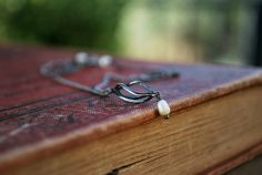 Pearl Pendant Necklace  Sterling Silver  Cage  Swirl by letemendia, $35.00