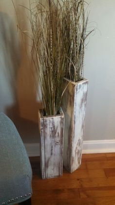 Home decor: awesome SPECIAL SALE! Medium-Set of two-Rustic wood floor vases. Vase Home Decor. Shabby Chic by