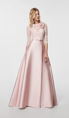 Vestido de fiesta en rosa palo