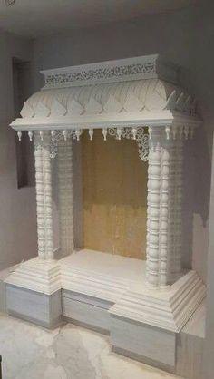 House Ceiling Design, Bedroom False Ceiling Design, House Front Design, Pooja Room Door Design, Home Room Design, Home Interior Design, Photos Islamiques, Ganpati Decoration Design, Temple Design For Home