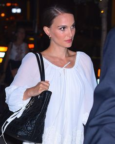 Pin for Later: Natalie Portman Wore the Trendiest Dress of Summer on Date Night