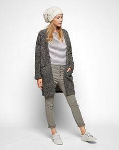 Cardigan 'CATE' von ROCKAMORA - EDITED.de Capri Pants, Fashion, Moda, Capri Trousers, Fashion Styles, Fashion Illustrations