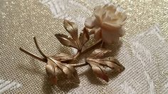 Check out this item in my Etsy shop https://www.etsy.com/listing/252535050/van-dell-gold-filled-and-ivory-brooch