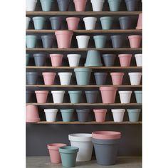 Pastelkleurige potten! Geef je planten en mooi plekje in bloempot Fleuri! #bloempot #pastel #tuin #KwantumLente #wonen