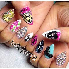 Crazy nails**********__________