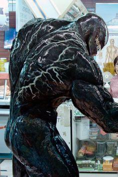 Venom Sequel Gets New Carnage-Approved Title and Summer 2021 Release Date Film Venom, Venom 2, Venom Comics, The Venom, Marvel Venom, Marvel Comics Superheroes, Marvel Memes, Dc Comics, Black Spiderman