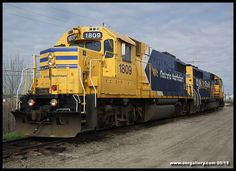 GP38-2 1809 & GP40-2 2200 await the Hostler on the shop track at Cochrane Yard after arriving on 620 from Moosonee May 16th.