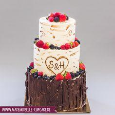 Rustikaler Baumstamm - Mademoiselle Cupcake Mademoiselle Cupcake, Rosa Rose, Cupcakes, Wedding Cakes, Desserts, Food, Cake Wedding, Birthday Cake Toppers, Rustic
