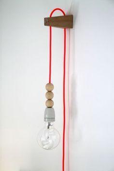 Good, simple method for mounting a DIY lamp to the wall. Home Lighting, Lighting Design, Wall Lighting, Luminaria Diy, Diy Luminaire, Scandinavian Interior Design, Lamp Light, Bulb, Decoration
