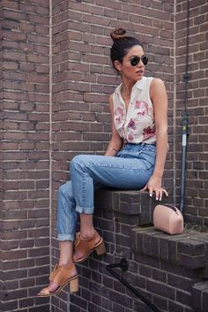 Mommy Jeans and Vintage Feelings | Negin Mirsalehi  Top and chokers. No mom jeans for me though.