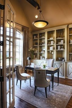 built in's for great room Traditional Home Office Photos Design Ideas, Pictures, Remodel, and Decor - page 5