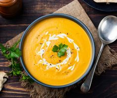 15 Soft Foods to Eat After Wisdom Teeth Removal Spiced Pumpkin Soup, Creamy Pumpkin Soup, Healthy Pumpkin, Soft Foods To Eat, Healthy Foods To Eat, High Protein Recipes, Healthy Soup Recipes, Sopas Fitness, Sweet Potato Soup