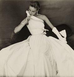 Dress by Madame Grès, 1954 - Photo by Henry Clarke