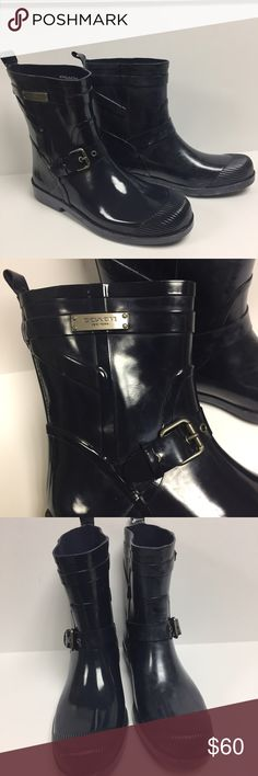 Coach Lester Rain Boot/Wellie Navy Blue 10 Navy blue Glossy ankle rain boots by Coach. Style name 'Lester' new without box, size 10. Buckle on side, rounded toe, bar on side with logo, pull tab on back. Right Boot has some wax build up (happens to good quality rubber in humid weather) just needs wiped off with soapy water. 🚫🚫No Trades🚫🚫 Coach Shoes Winter & Rain Boots
