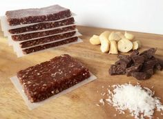 Read our delicious recipe for Easy Chocolate Slice, a recipe from The Healthy Mummy, which is a safe way to lose weight after having a baby. Healthy Mummy Recipes, Healthy Treats, Raw Food Recipes, Sweet Recipes, Baking Recipes, Dessert Recipes, Healthy Slices, Healthy Baking, Healthy Bars