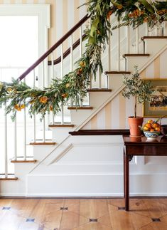 English Style, Stair Railing, Stairs, New England Homes, Deck The Halls, House And Home Magazine, Historic Homes, Home Interior Design, White Christmas