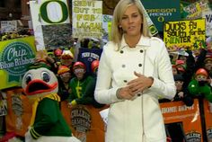 He's Mastered the Art of the Photo Bomb | 15 Reasons Why The University Of Oregon Duck Is The Best Mascot Around