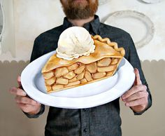 Everyday is a Holiday — Apple Pie a la mode Jumbo diecut plaque