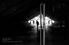 The man without reflection! by tozefonseca