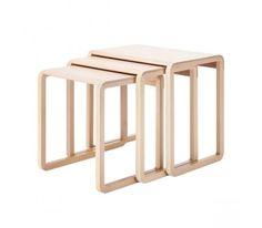 Table Gigogne 1010 bois brut Thonet Designer : Marc Venot