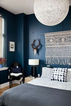 Dark blue bedrooms bedroom walls decorations home design bank us beachy bedroom colors blue bedroom walls blue bedroom ideas for adults, blue bedrooms for adults. Blue Bedroom Decor, Cozy Bedroom, Bedroom Colors, Master Bedroom, Indigo Bedroom, Bedroom Vintage, Trendy Bedroom, Modern Bedroom, Orange Bedroom Walls