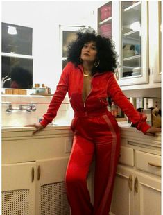 Tracee Ellis Ross is Making A Hair Care Line For Natural Hair tracee ellis ross hair fashion style outfits hair Love Fashion, Fashion Beauty, Fashion Outfits, Tracey Ellis, Tracee Ellis Ross, Style Casual, How To Pose, Her Style, Style Icons