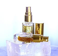 NadiaZ Perfume Collection is  available in single Mini-Spray edition, suited to carry with you along. It is a new and playful approach to perfumes, whereby you can live an intense sensorial moment for a special event such as your wedding, a romantic dinner or night or as a thoughtful gift. Discovery Box, Perfume Collection, Romantic Dinners, Spa Treatments, Thoughtful Gifts, Special Events, Carry On, Perfume Bottles, Fragrance