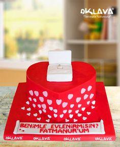 Evlenme Teklifi Pastası size ve sevdiklerinize özel pastalar. Ürün fiyatı ve detayları için tıklayınız. Veya 0212 503 43 73 telefon numaramızdan arayınız.
