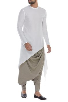 Mens Style Discover Buy Kurta with asymmetric hemline by Antar Agni- Men at Aza Fashions Mens Indian Wear, Mens Ethnic Wear, Indian Groom Wear, Indian Men Fashion, Mens Fashion Wear, Style Fashion, Party Fashion, Gents Kurta Design, Boys Kurta Design