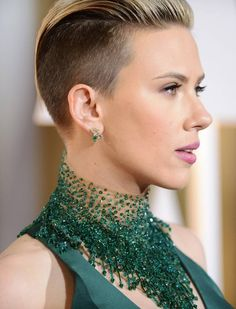 Scarlett Johansson haircut at Oscars 2015: Actress goes for ...