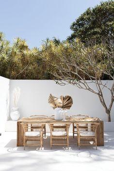 Exterior Design, Interior And Exterior, Interior Plants, Outdoor Furniture Sets, Outdoor Decor, Rattan Furniture, Outdoor Areas, Back To Nature, Outdoor Entertaining